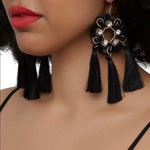 Jewelry - Beaded tassel fringe drop earrings - black & gold